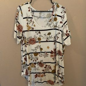 BNWOT Maurices top!
